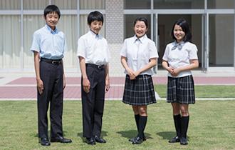 宮崎県の中学校高校の制服売るなら制服買取制服屋さん。制服屋さんでは現在宮崎県の中学校高校の制服を買取強化中です。制服専門の査定スタッフが常に買取価格、買い取り相場をチェックしているので常に高額買取ができます!